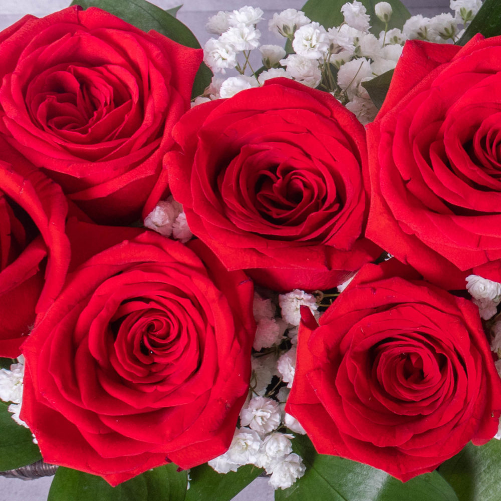 Natalia - Roses in a Basket by Farmflorist Close-up